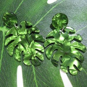 ✨Adorable Acrylic Palm leaf Earrings tiki luau